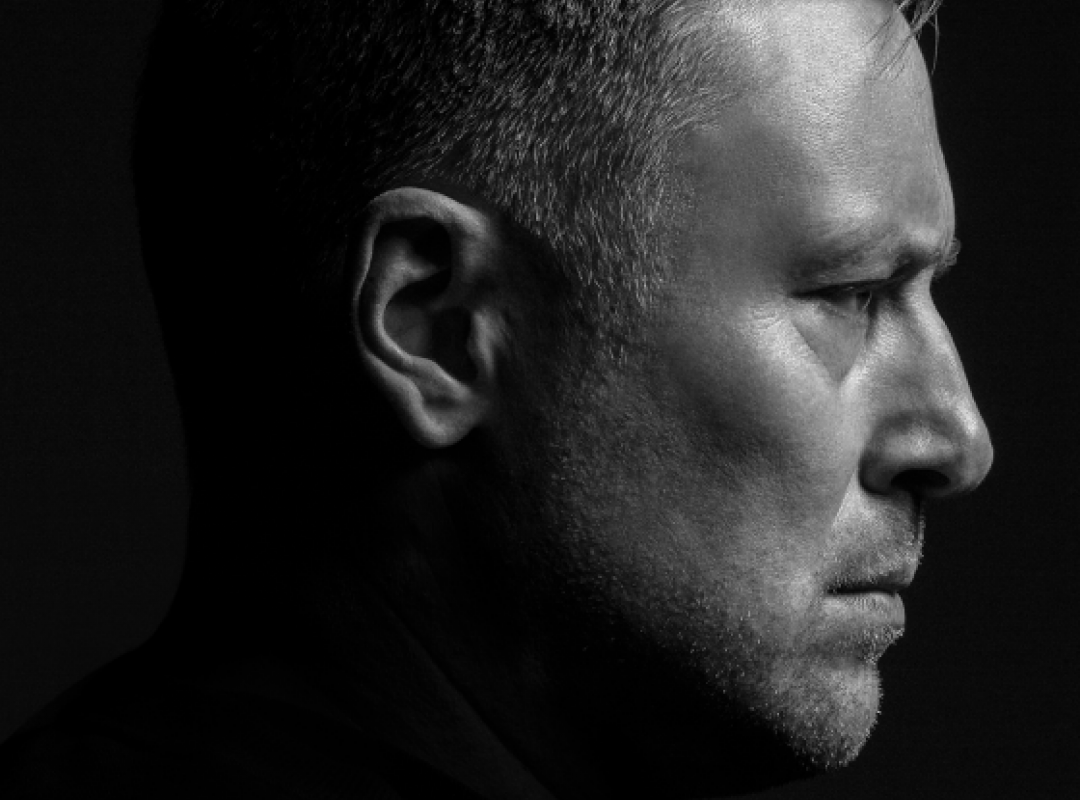 UMEK celebrates his new (old?) music style with a visual makeover